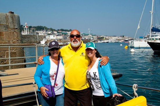 Bumblebee Boat Cruises: Us with the Guide