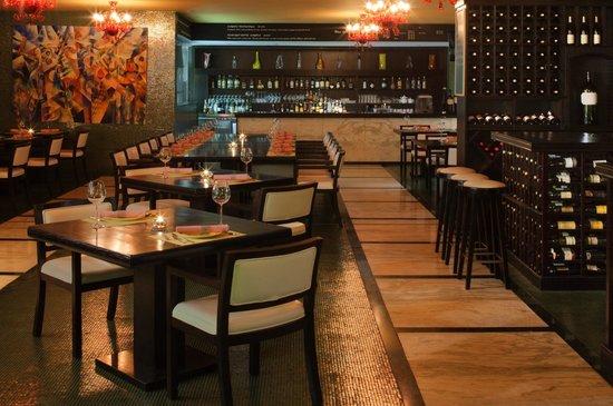 Radisson Blu Hotel, Doha: Picasso's