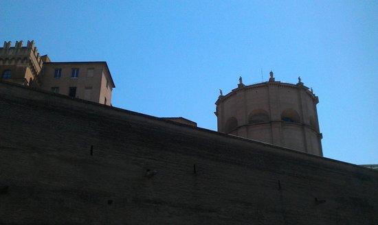 Heart Hotel: Panorama verso le Mura Vaticane