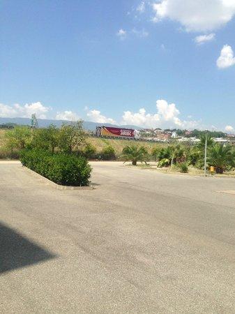 Accademia Residence: Ampio parcheggio