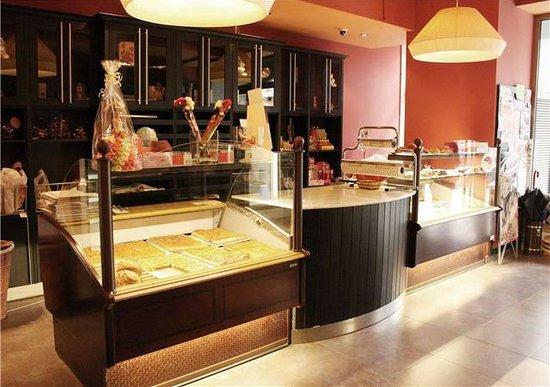 Cafeteria-Pasteleria Anduriña: PASTELERIA ANDURIÑA FOZ