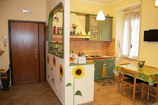 Aromatario B&B: Common area- kitchen