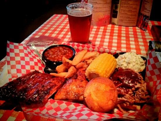Famous Dave's Barbeque : Feast for one. Very tasty!