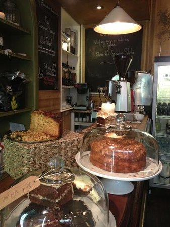 Garlands Eatery and Coffee House: Add a caption