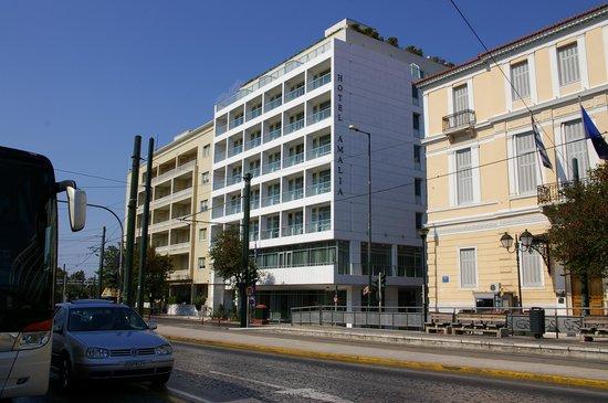 Amalia Hotel: ホテル外観