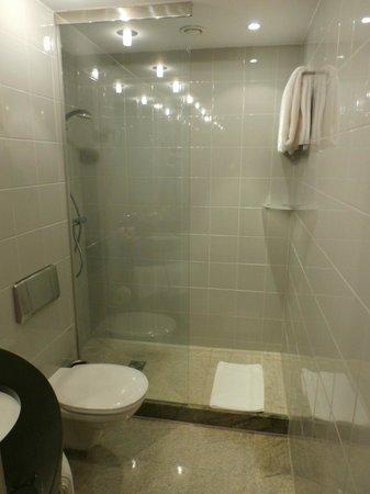 K+K Hotel Opera - Bathroom #517