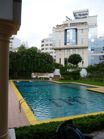 El Minzah Hotel: Piscina
