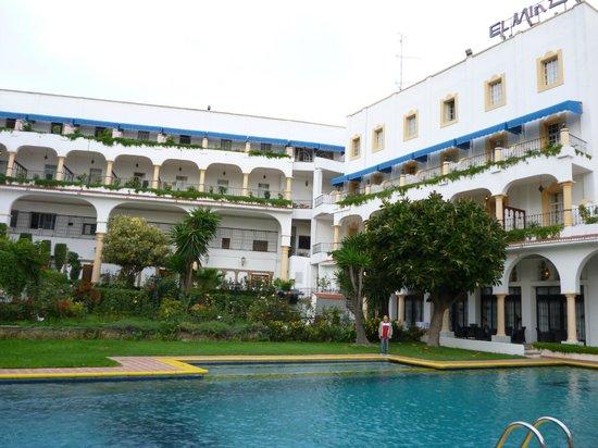 El Minzah Hotel: Lateral