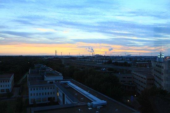 Amsterdam ID Aparthotel : Вид из Окна
