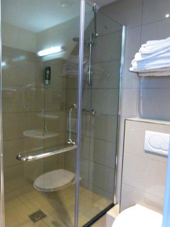 Hotel Iron Horse: Baño