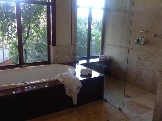 Oceana Beach and Wildlife Reserve: Bathroom