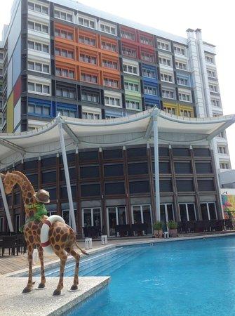 Chateau de Chine Hotel Hualien: 飯店的游泳池