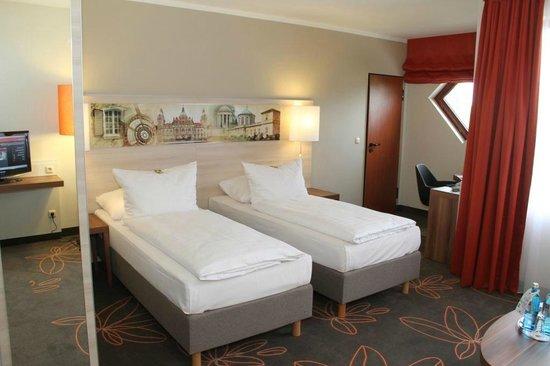 H+ Hotel Hannover: Junior Suite