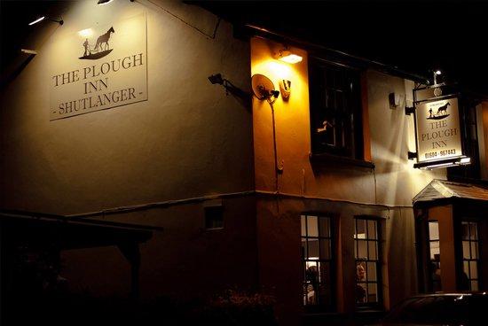Image The Plough Inn - Shutlanger in East Midlands