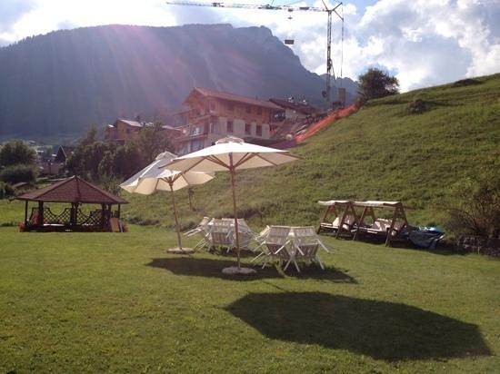 Hotel Europa: giardino-solarium