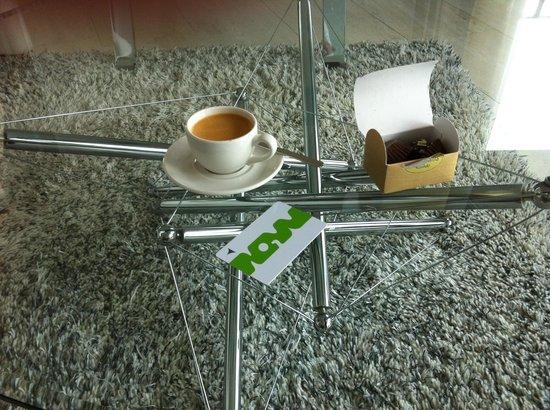 Avalon Hotel: Espressomaskin på rummet