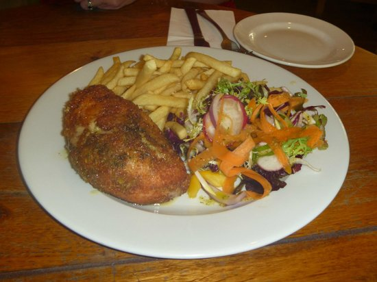 The Mill at Rode: Breaded Chicken stuffed with garlic & stilton