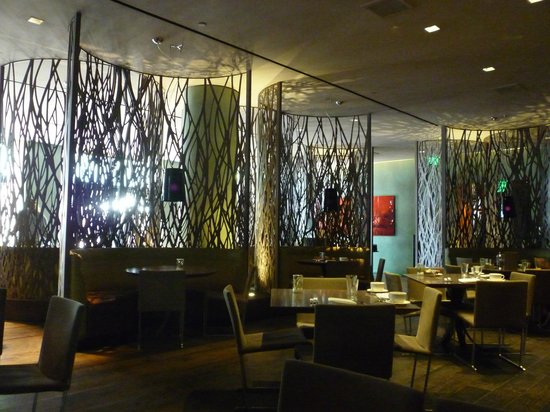 Sofitel Los Angeles at Beverly Hills: Restaurant l'Esterel""