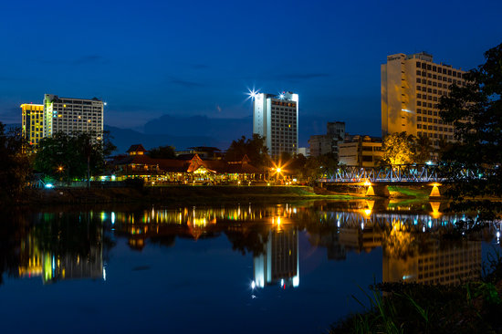 Baan Ing Ping: Night light on the other side across the river