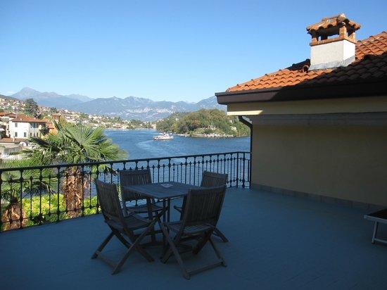 Hotel Ristorante Taverna Bleu: Our Terrace & view over Isla Comacina