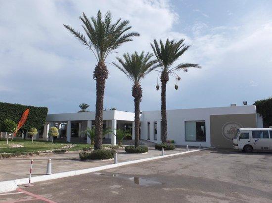LTI Thalassa Sousse : main entrance of hotel