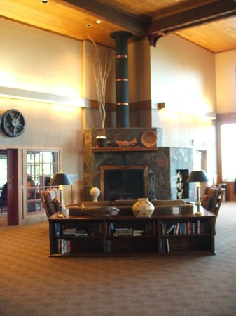 Copper River Princess Wilderness Lodge: Part of the immense Great Room where we relaxed and enjoyed our breathtaking views of the wilder