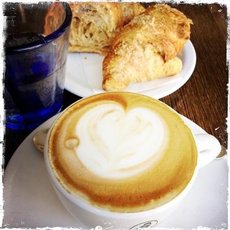 King Crimson Cafe : Al King Crimson la colazione e' sempre fatta .... col cuore!!!