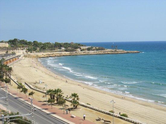 Tarragona, España: Vista de la playa.