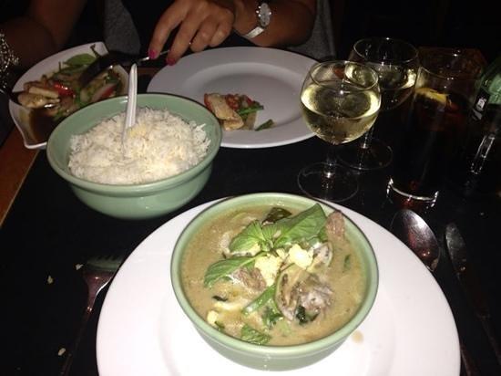 Photo of Asian Restaurant Restaurant Premier Comptoir Thai at Chaussee De Charleroi 39, Brussels 1060, Belgium