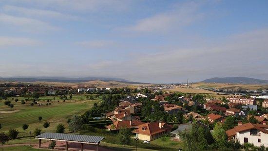 Castillo Gorraiz Hotel Golf & Spa: vu sur le golf du balcon