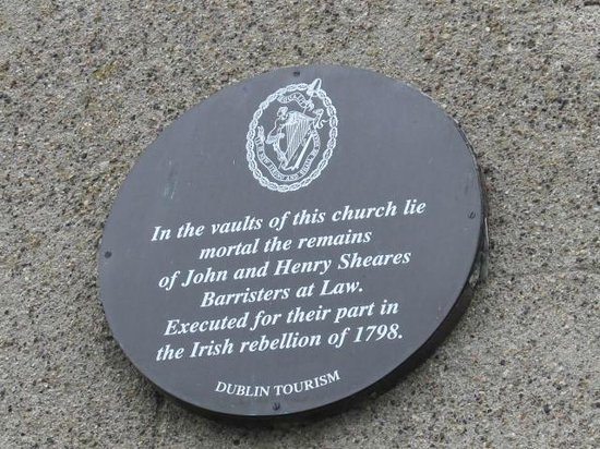 St. Michan's Church : The Shearer Brothers