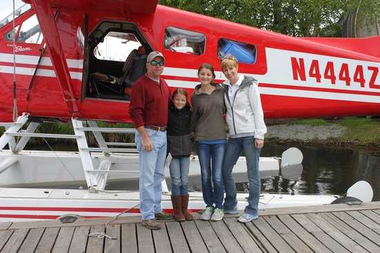 Winterlake Lodge: Float plane to lodge