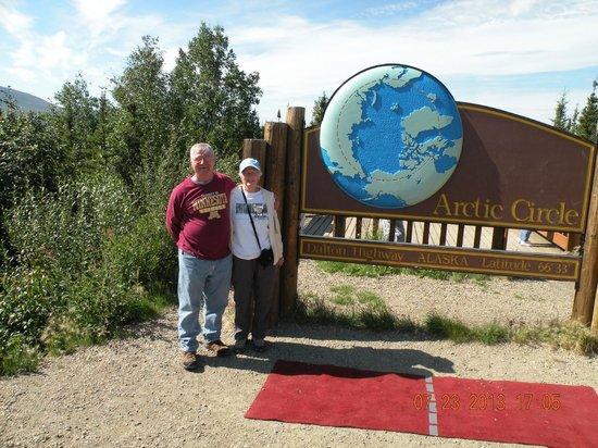 Northern Alaska Tour Company: At the Arctic Circle