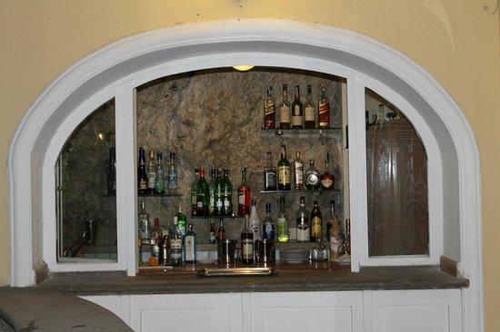 Ristorante Mirage: bar built right into the mountain- amazing