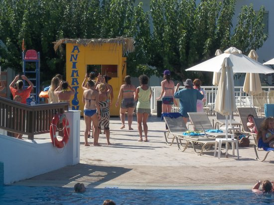 Louis Creta Princess Beach Hotel : Zumba in the afternoons