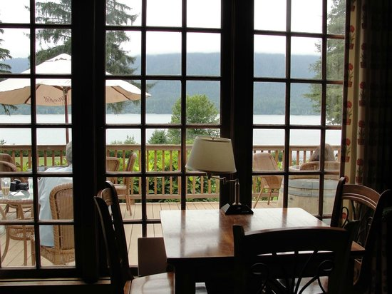 Inside Lake Quinault lodge...