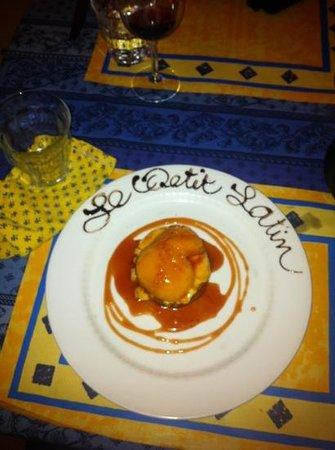 Petit Latin : perziktaart van verse perzik!