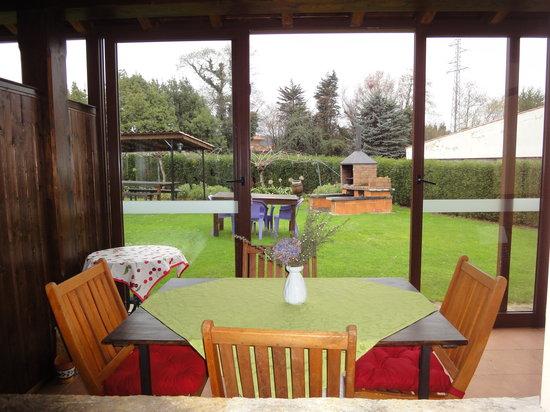 Apartamentos Rurales Villa del Sain: Porche