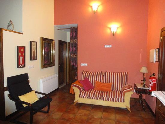 Apartamentos Rurales Villa del Sain: Salón - comedor