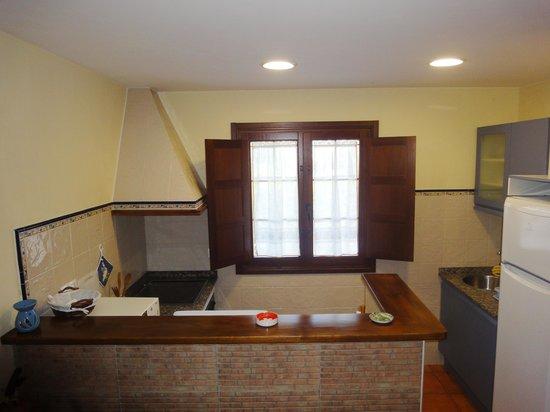 Apartamentos Rurales Villa del Sain: Cocina