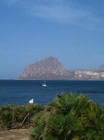 FH Tonnara Di Bonagia Resort: La Baia di Monte Cofano