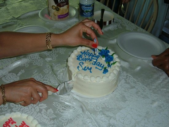 Ryke's Bakery: My father and I share a birthday celebration - we each get a small cake