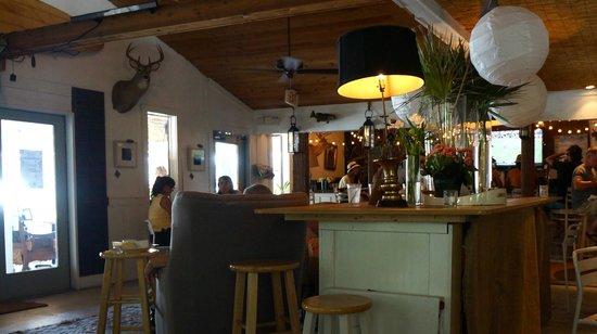 Tybee Island Social Club: Interior