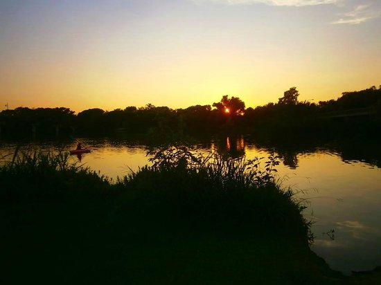 White Rock Lake Park: The best sunset views from Whiterock Lake