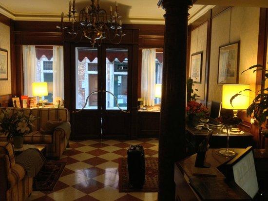 Hotel Falier: Hotel reception