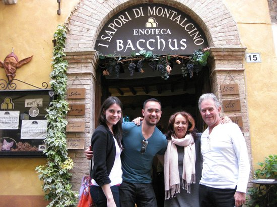 Enoteca Bacchus: After a wonderful lunch!