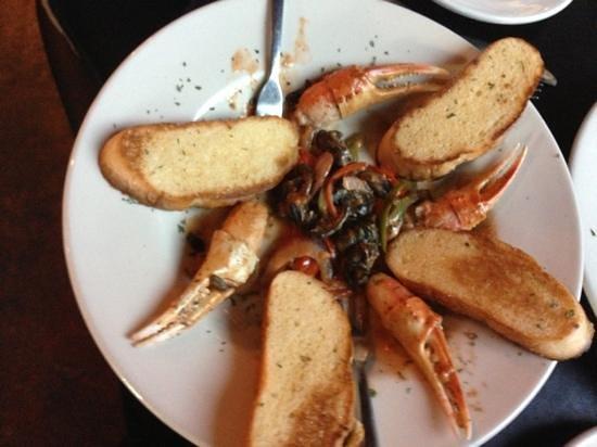 Fish Creek: crab claws and escargot