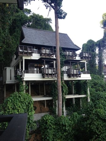 Gaya Island Resort: Villas at the edge of the tropical jungle. Close to nature yet luxury