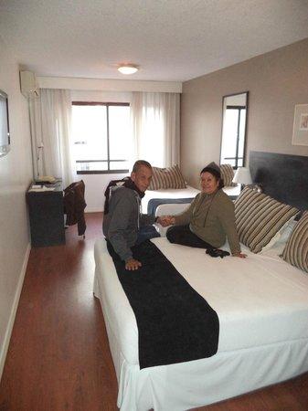 Pocitos Plaza Hotel: Habitacion piso 2