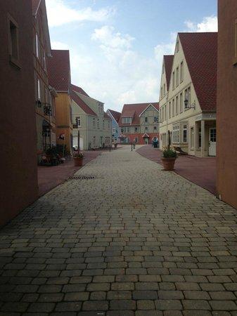 Stoudtburg Village: Entrance
